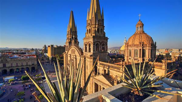 cathédrale a voir pendant un circuit au mexique
