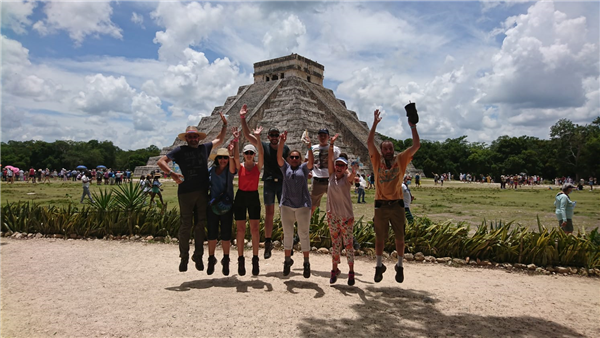 famille en circuit au mexique