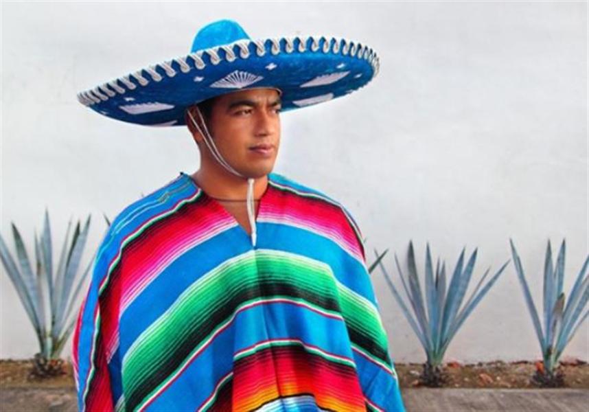 sombrero et sarape du Mexique