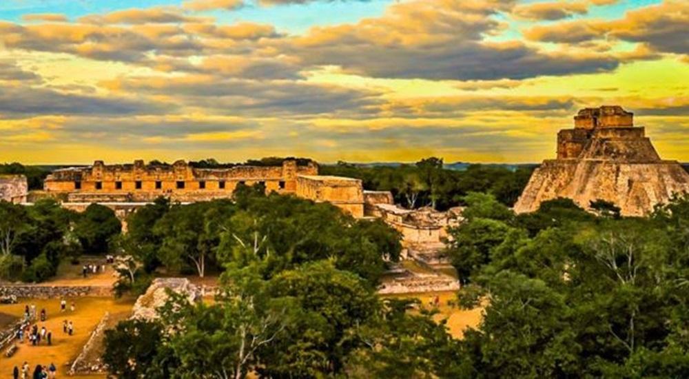 visiter Uxmal lors d'un circuit de luxe au Mexique