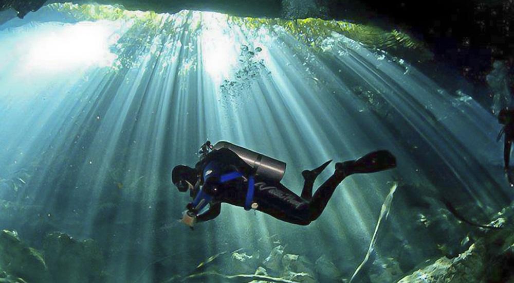 plonger en cenote au Mexique