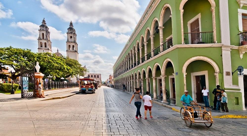 visiter campeche en famille pour se détendre lors de son voyage au Mexique