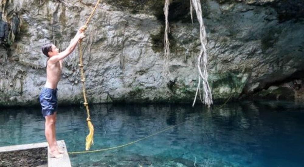 passer un moment de détente avec ses enfants en allant se baigner dans de magnifiques cenotes du Mexique hors du tourisme de masse