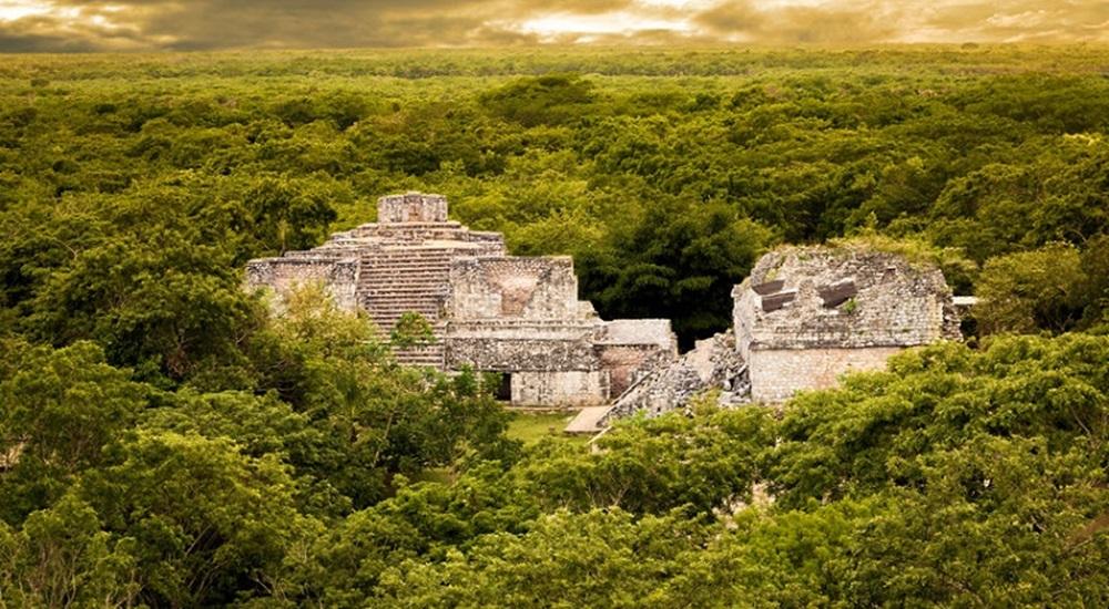 faire un halte à Ek Balam pour découvrir un site archéologique mexicain peu touristique