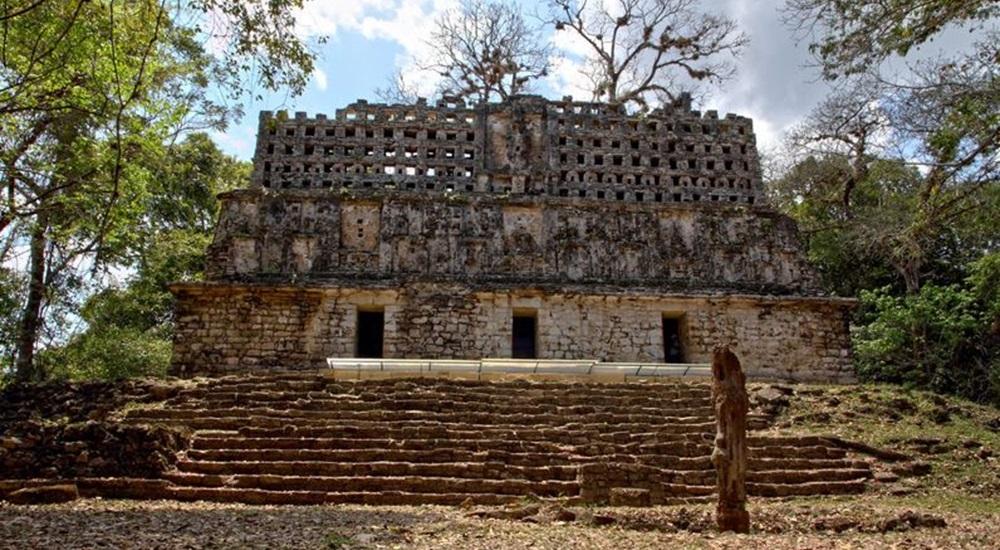 temple de yaxchilan au chiapas