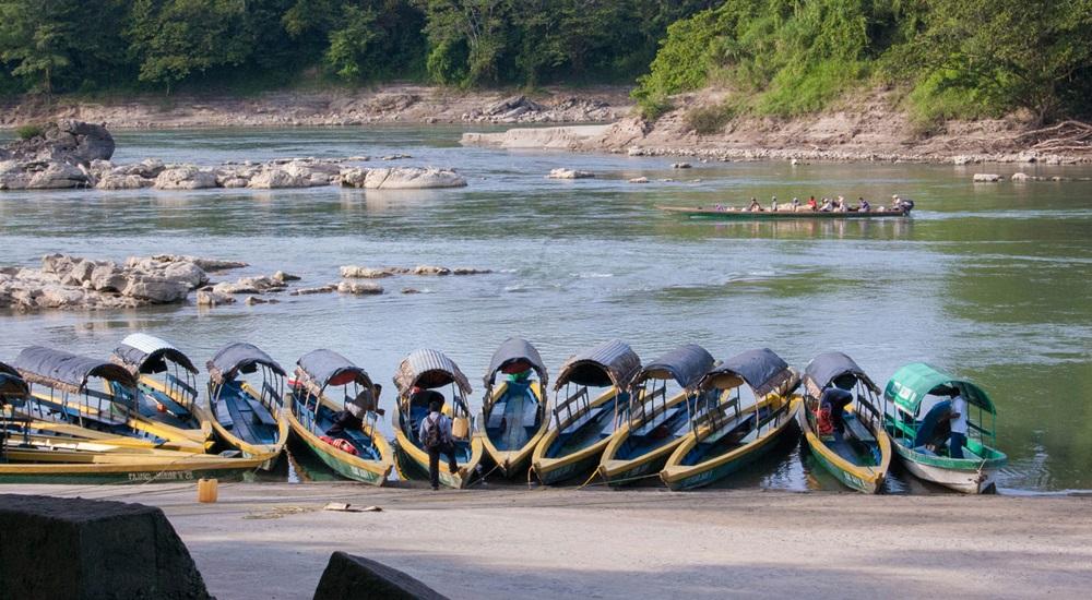 aller a Yaxchilan entre le mexique et le guatemala