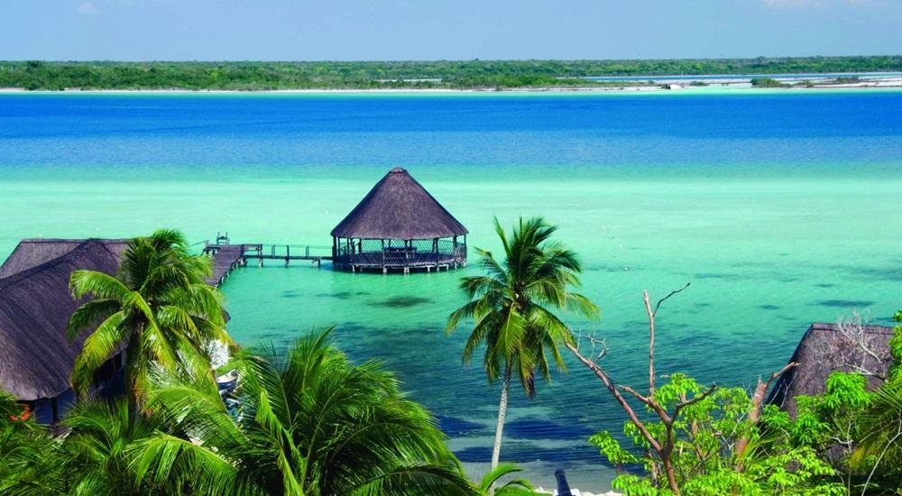 profiter de la beauté de bacalar pendant son séjour au Yucatan
