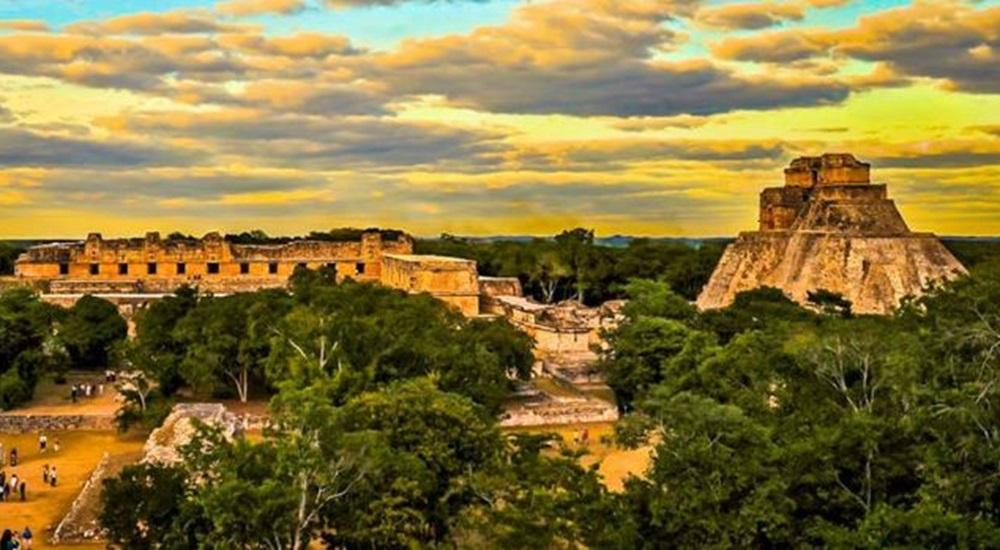 visiter le Yucatan et voir la pyramide du devin à Uxmal