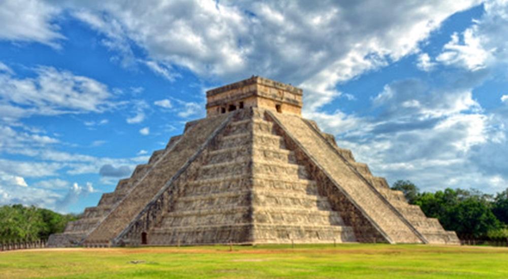 voyager au Mexique et voir Chichen Itza l'une des 7 merveilles du monde