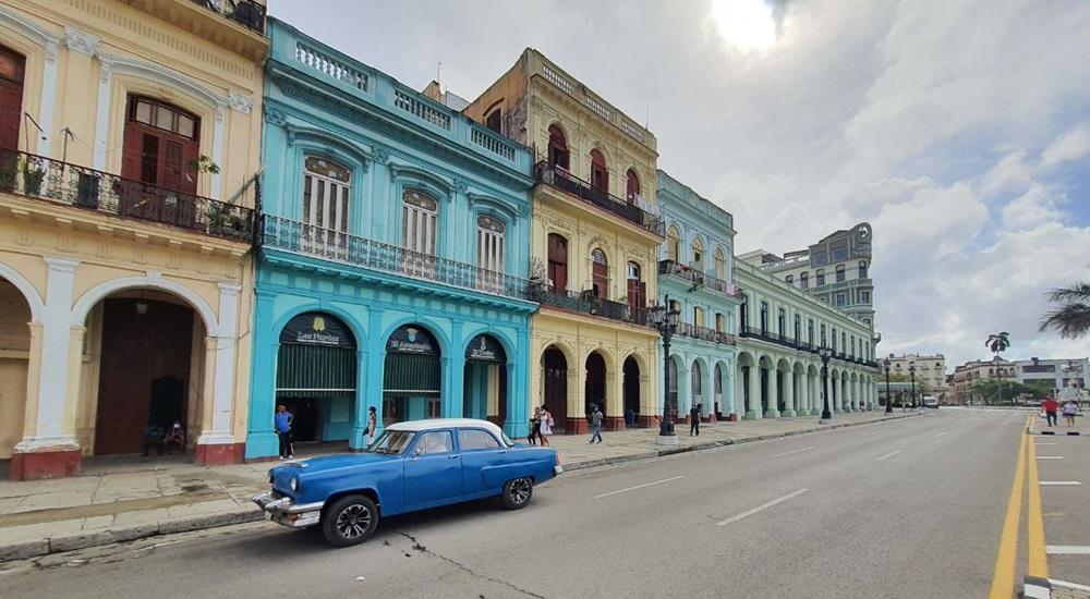 visiter cuba et les ruelles colorées
