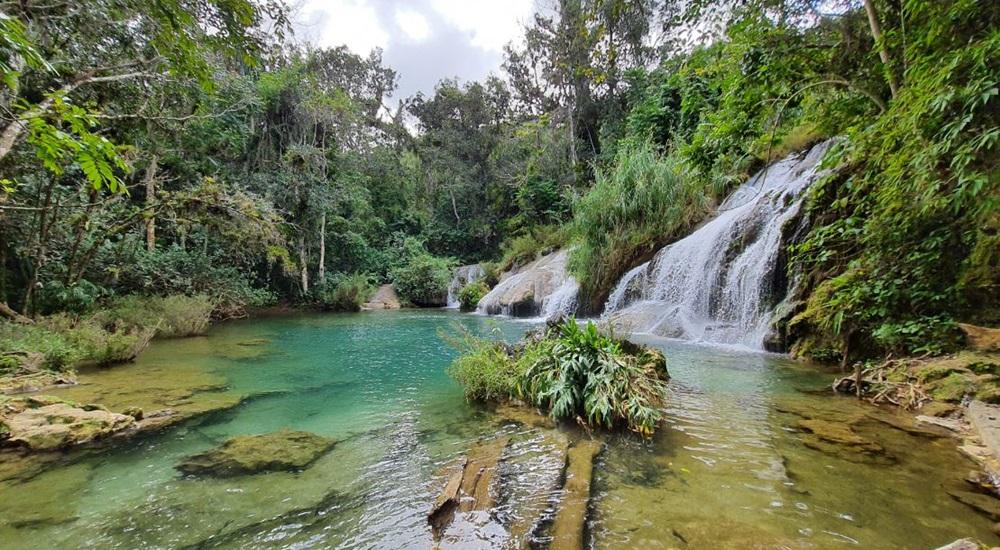 cascades proches de trinidad pour une balade en famille