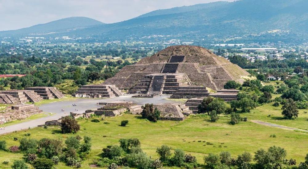 découvrir les pyramides de teotihuacan au Mexique
