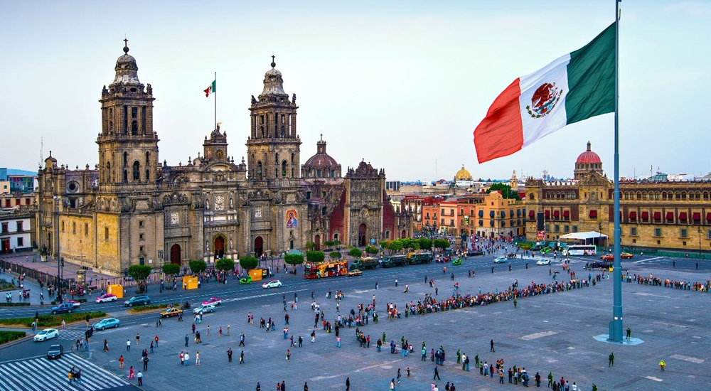 Voyagez au mexique à travers un autotour magnifique