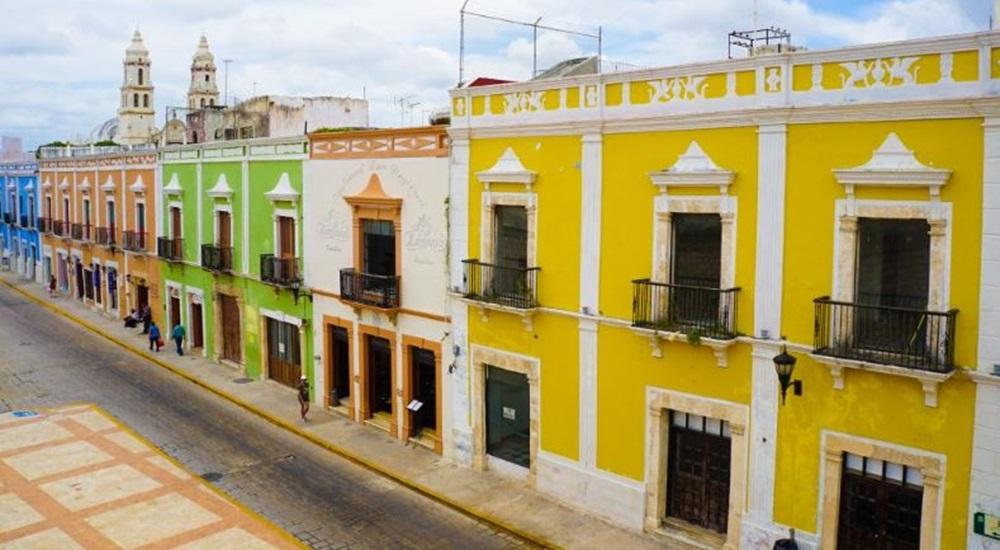 ruelle colorée de campeche au Mexique