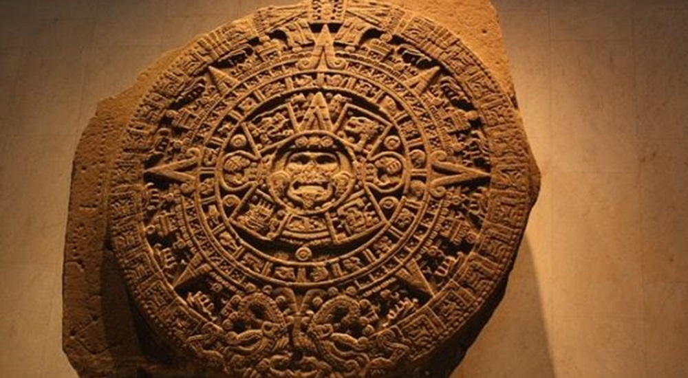 calendrier azteque du musee d'antropologie