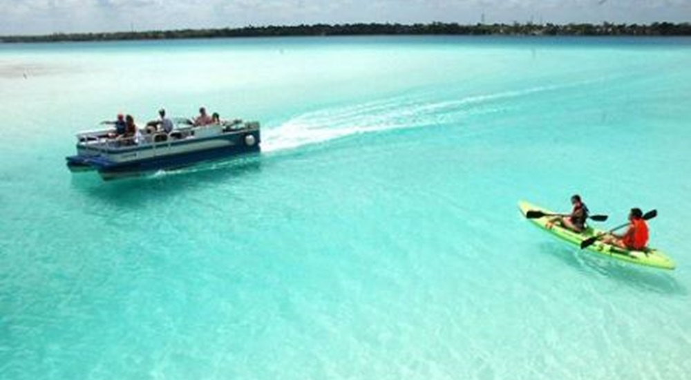 balade en bateau à Bacalar